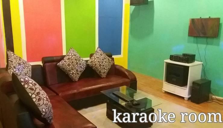 Marbella Twin Waterfall Resort Ciater -  Ruang karaoke