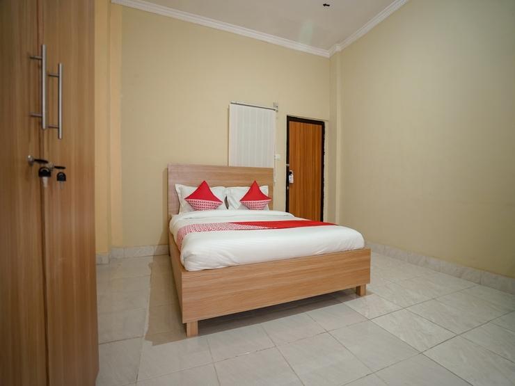 OYO 570 Pesona Asri Homestay Palembang - Bedroom