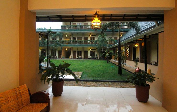 Hotel Diana Jogja - Lobby