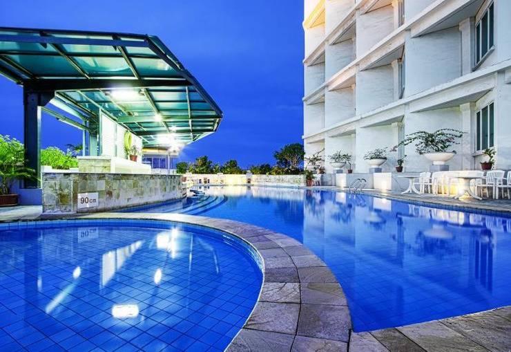Hotel Sahid Jaya Makassar - Kolam Renang