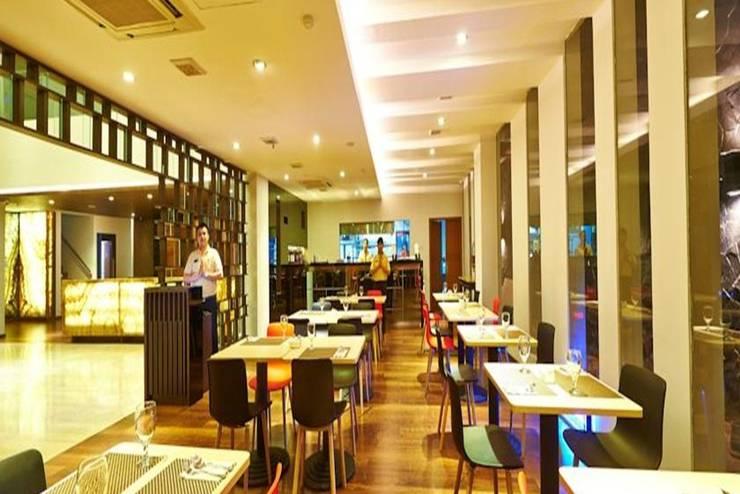 J Hotel Bandara Tangerang - Restoran
