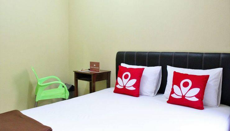 ZenRooms Wahid Hasyim Syariah Jakarta - Tempat Tidur Double
