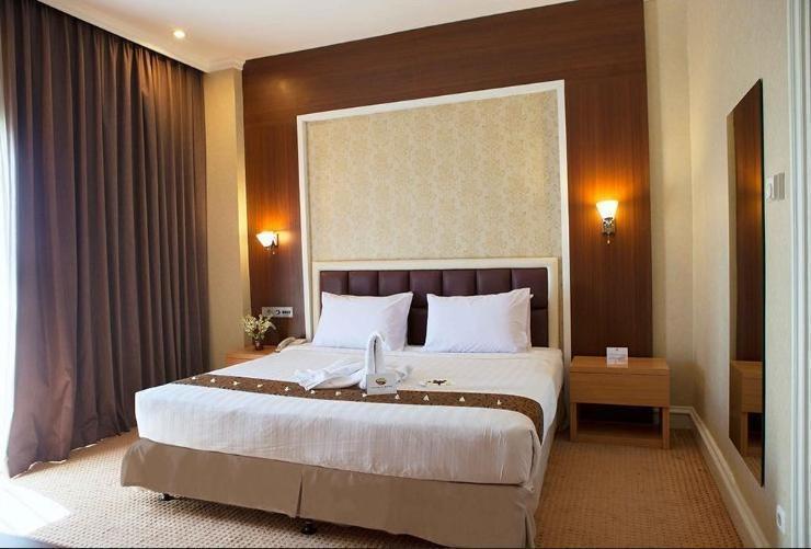 Surabaya Suites Hotel Plaza Boulevard - Deluxe Suite
