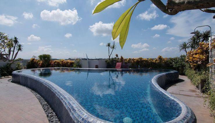 ZenRooms Seminyak Werkudara Bali - Kolam Renang