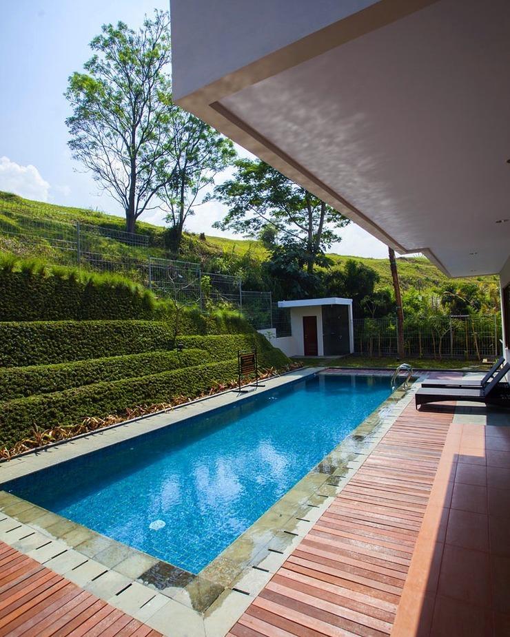 4 BR 1 Villa Dago City View Pool 1 Bandung - Kolam Renang