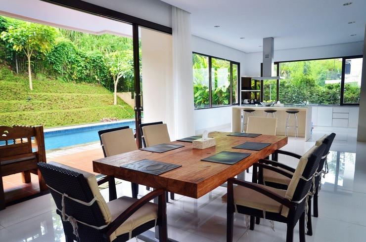 4 BR 1 Villa Dago City View Pool 1 Bandung - Area Tempat makan
