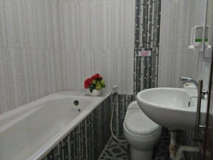 Nirwana Hotel Bojonegoro Bojonegoro - interior
