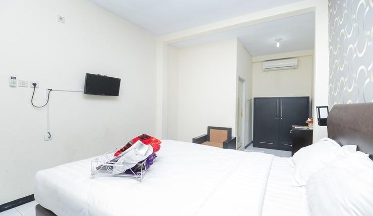 Seven Dream Syariah Hotel Jember - Orchid