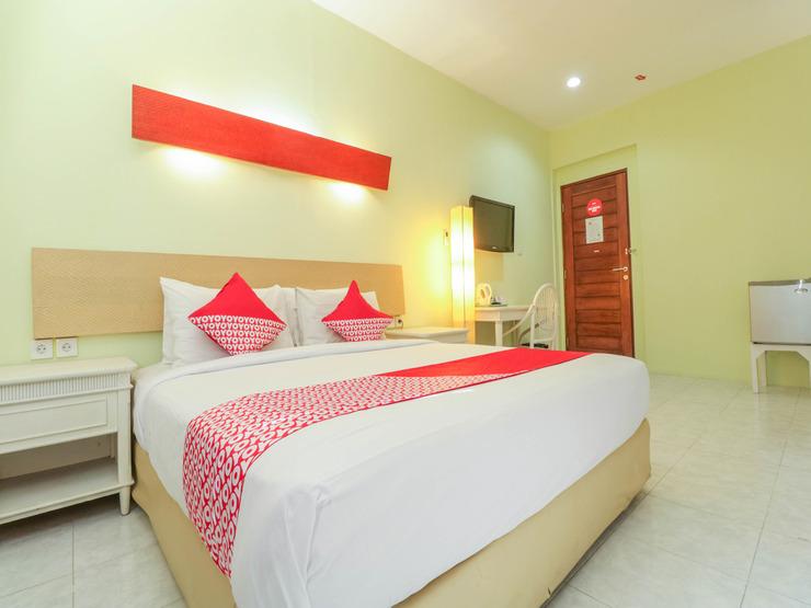 OYO 2253 Flagship The Sunrise Sanur Bali - Bedroom