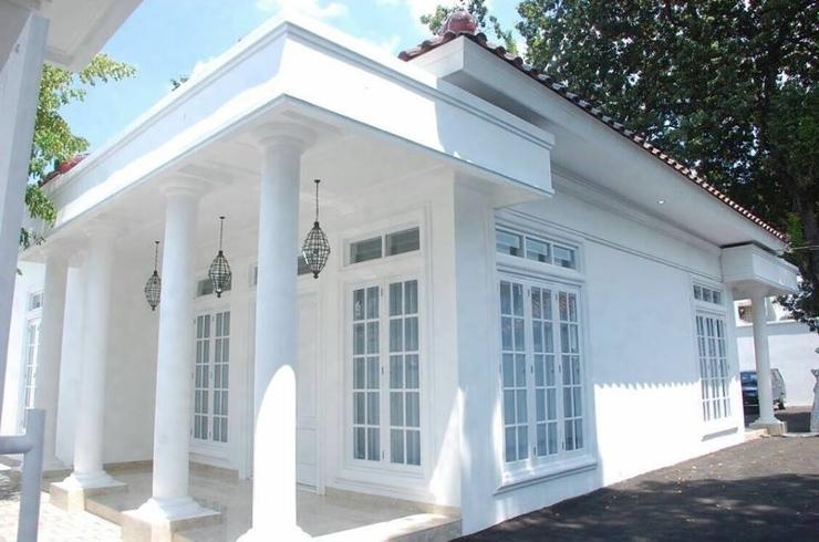 Griya Pamengkang 2 - Colonial House Jogja - Exterior