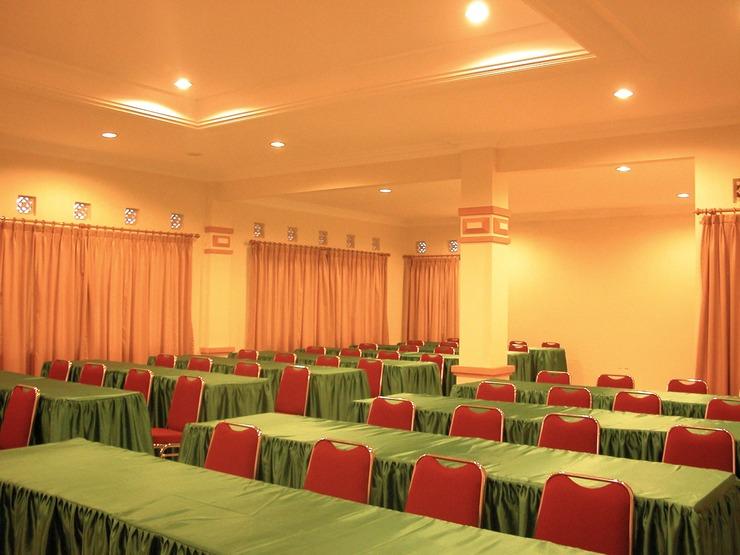 Tangko Inn Resort Cianjur - Conference Room