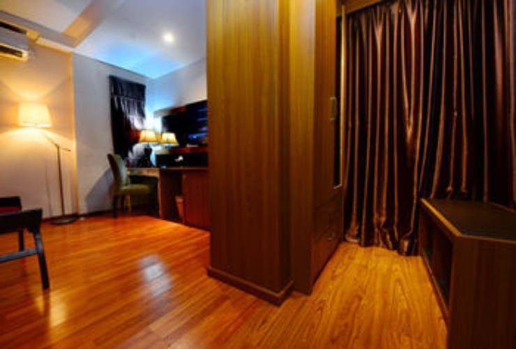 Hotel Scarlet Makassar - Deluxe Room