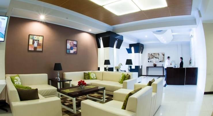 Bella Hotel Surabaya - Lobby