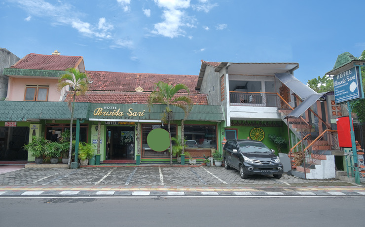 Hotel Perwita Sari Yogyakarta - Facade