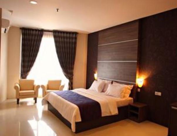 Kyriad Sadurengas Hotel Paser - Kamar
