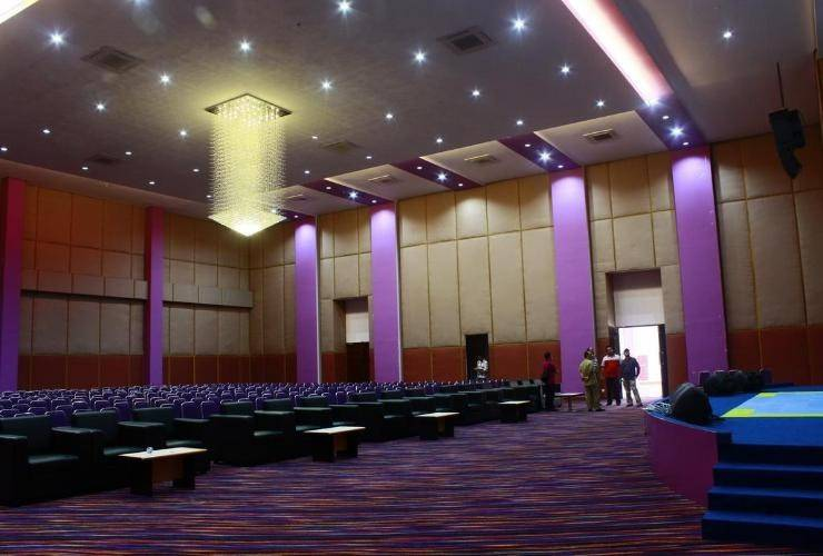 Kyriad Sadurengas Hotel Paser - functional hall