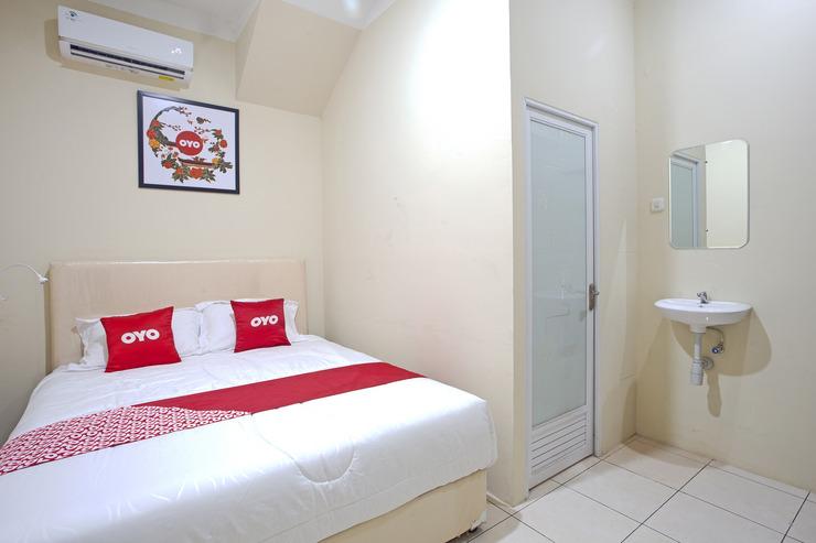 OYO 2443 INNJOY TRANSM BANYUMANIK Semarang - Guestroom D/D