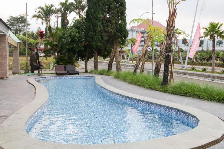 Sky Residence Batu 1 Malang Malang - Pool