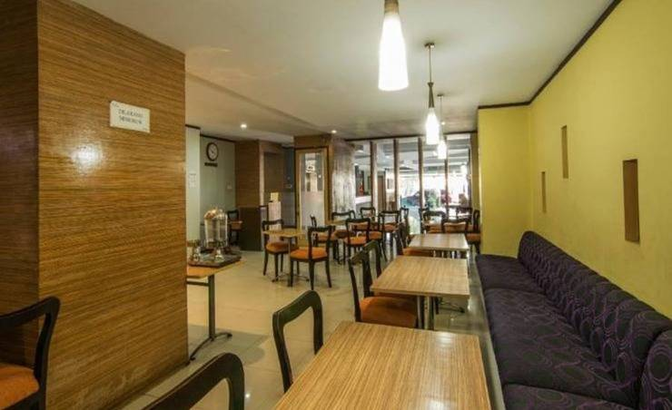 Hotel Alma Jakarta - Ruang tamu