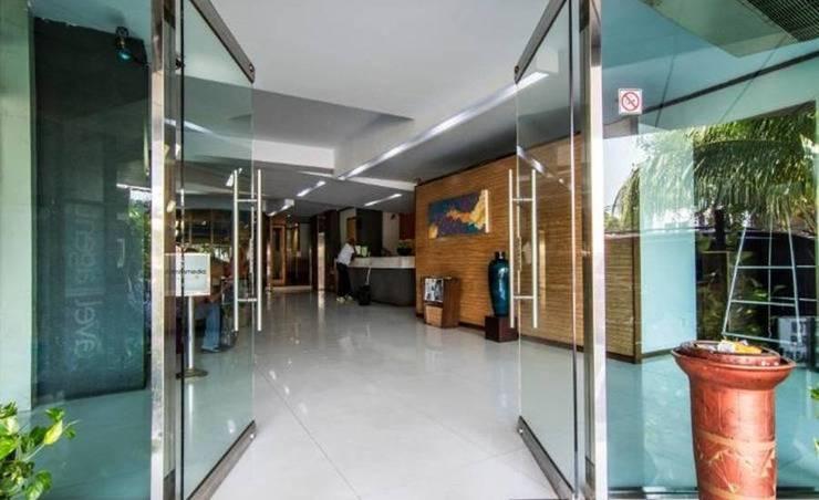 Hotel Alma Jakarta - Pintu Masuk