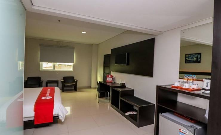 NIDA Rooms Sudirman Square Pekanbaru - Kamar tamu