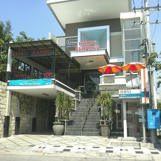Hotel Elresas Lamongan - Tampak Depan