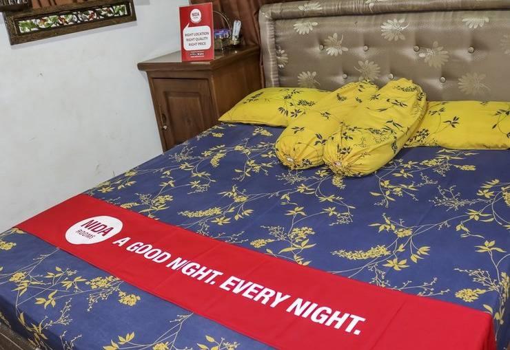 NIDA Rooms Jupiter Way Metro Indah Margahayu - Kamar tamu
