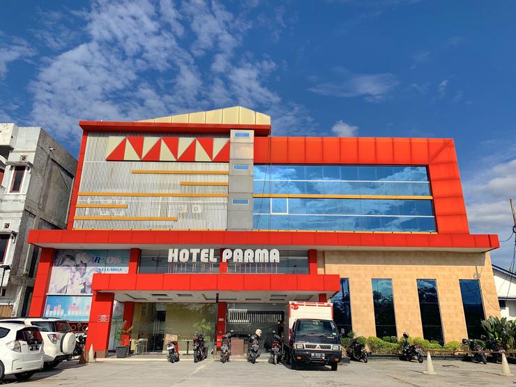 Hotel Parma Pekanbaru - Front view