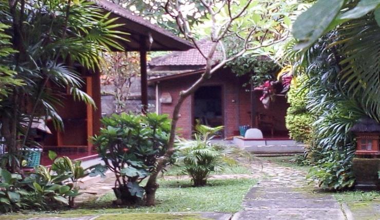 Madra Homestay Bali - Exterior