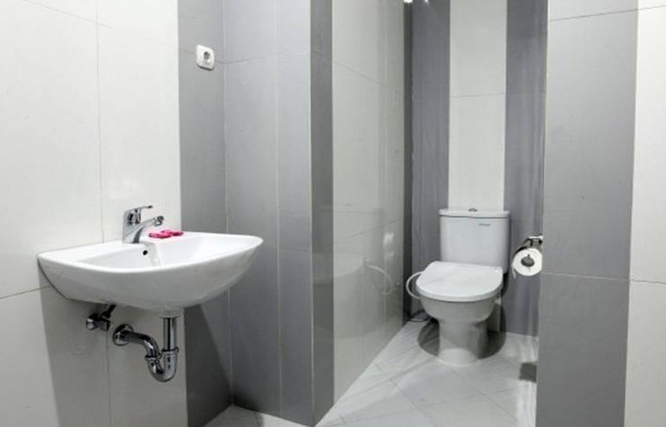 Saras Hotel Tuban - Kamar mandi