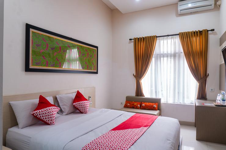 OYO 787 Hotel Kuwera Inn Bandung - Bedroom