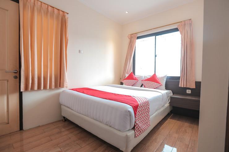 OYO 141 Fatmawati Cozy Residence Jakarta - Bedroom