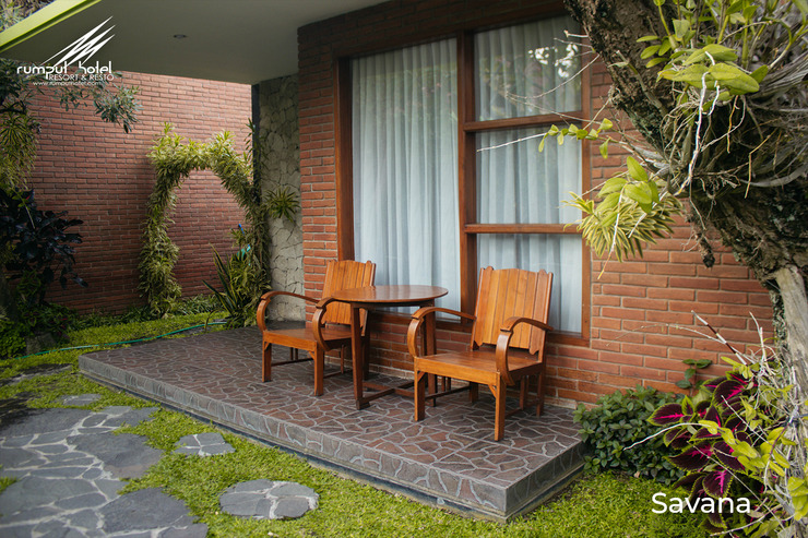 Rumput Hotel Yogyakarta - Lain-lain