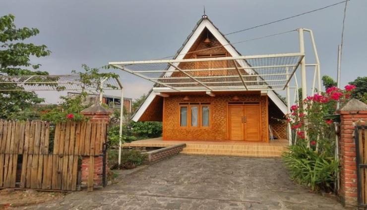 Villa Saung Ineh Bandung - Exterior