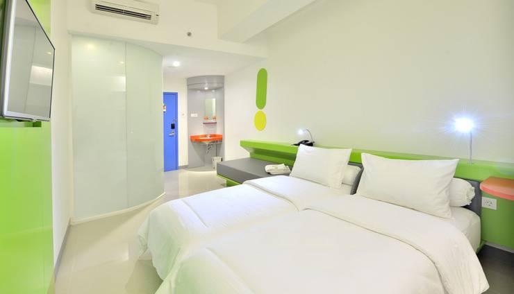 POP Hotel Stasiun Kota Surabaya - POP! Room