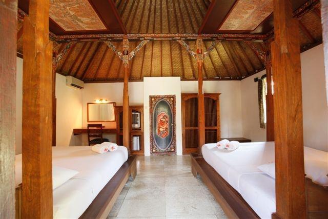 IDA Hotel Bali - Deluxe Family (28/Jan/2014)