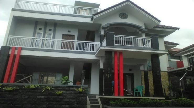 Villa Edelweis 5 Malang - exterior
