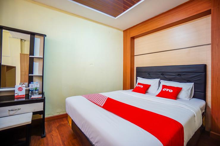 OYO 1912 Kengkang Residence Manado - Standard Double Bedroom