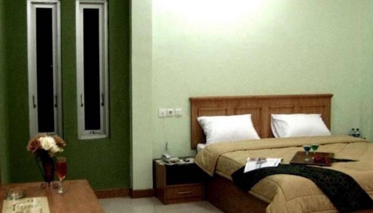 Grand Sirao Hotel Medan - Room