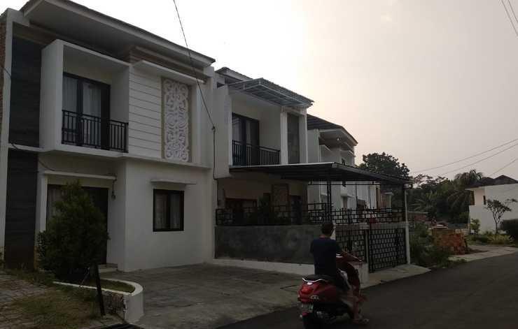 Algira Townhouse (Guest House) Bogor - new foto