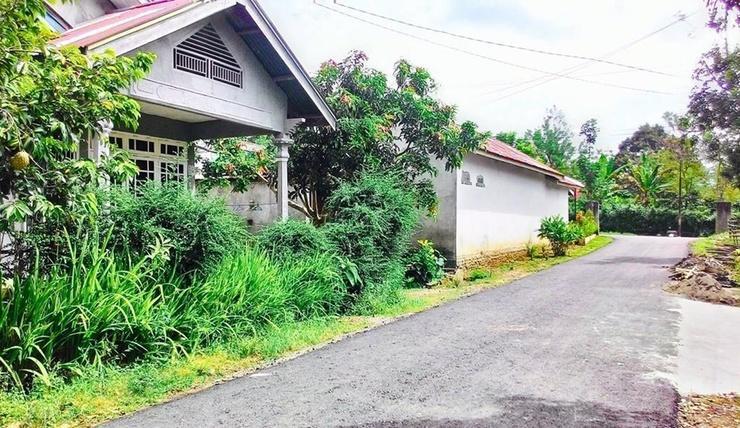 Safira Family Homestay Pagar Alam - Exterior