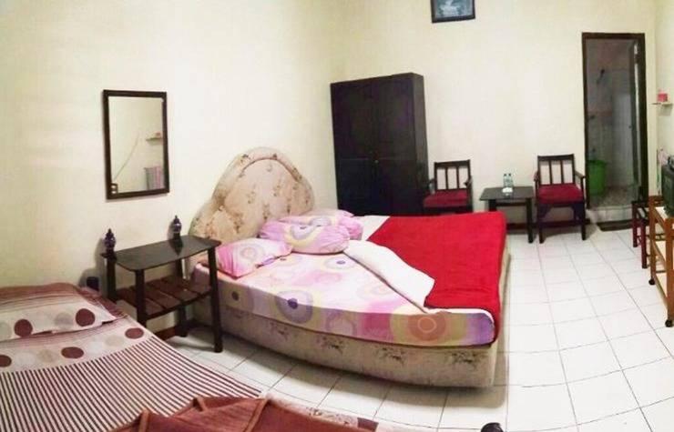 Lie Mas Hotel Pasuruan - Kamar