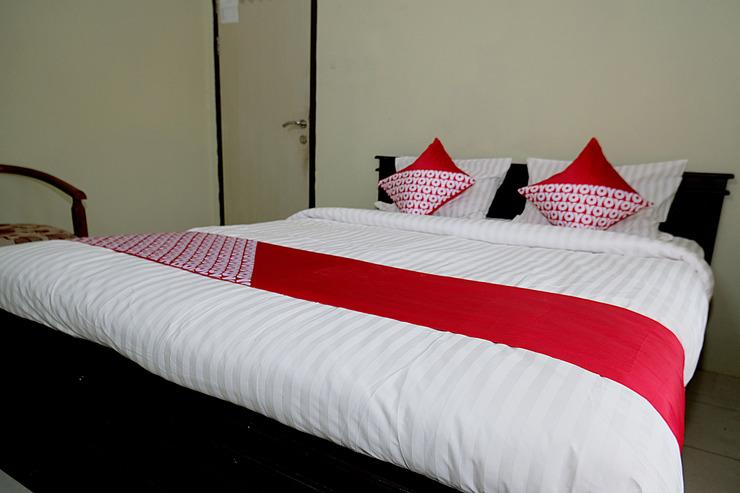 OYO 752 ABZ Guest House Syariah Jambi - Bedroom
