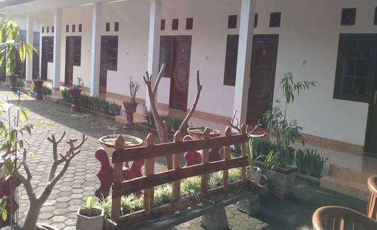 Review Ninety Nine Guesthouse - Lombok