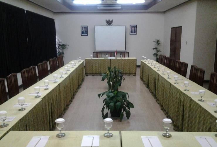 Abadi Asri Hotel Bandung - Meeting Room