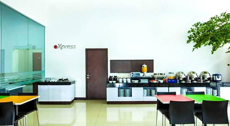 Amaris Hotel Cihampelas - Restaurant