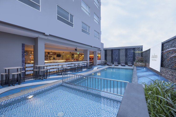 Citadines Royal Bay Makassar Makassar - Splash Pool