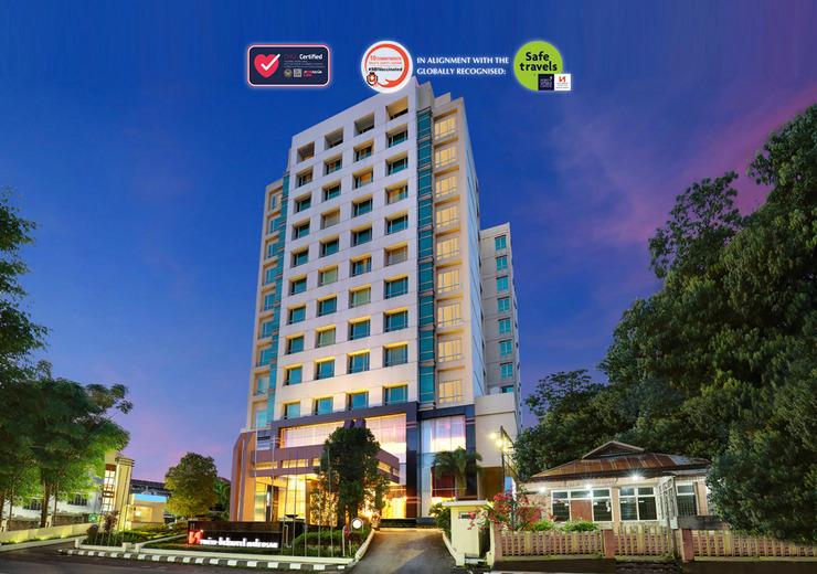 Swiss-Belhotel Manado - Exterior