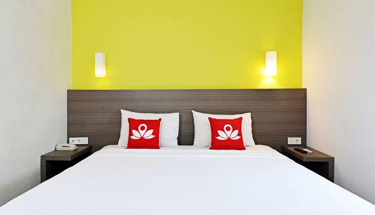 ZenRooms Pakuan Baranangsiang - Tampak tempat tidur double