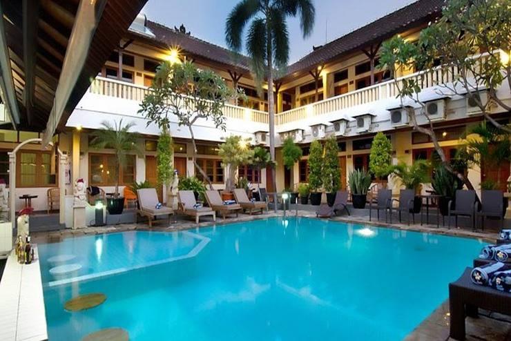 Rosani Hotel Bali - Kolam Renang